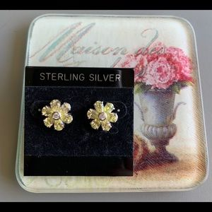 EUC SterlingSilver Lemon Quartz. Floral Earrings